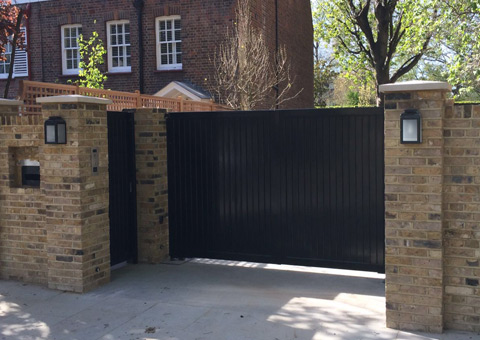 Automatic Gates for Residential and Commercial Properties