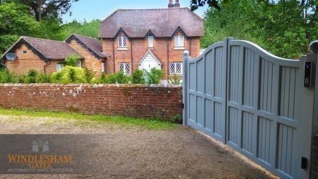 Electric gates installed in Guildford
